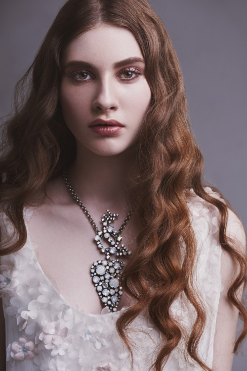muah-Valeria-Roberti-ProLab-Academy-ph-Robert-Shami-model-Liza-Barsukova-1.jpg